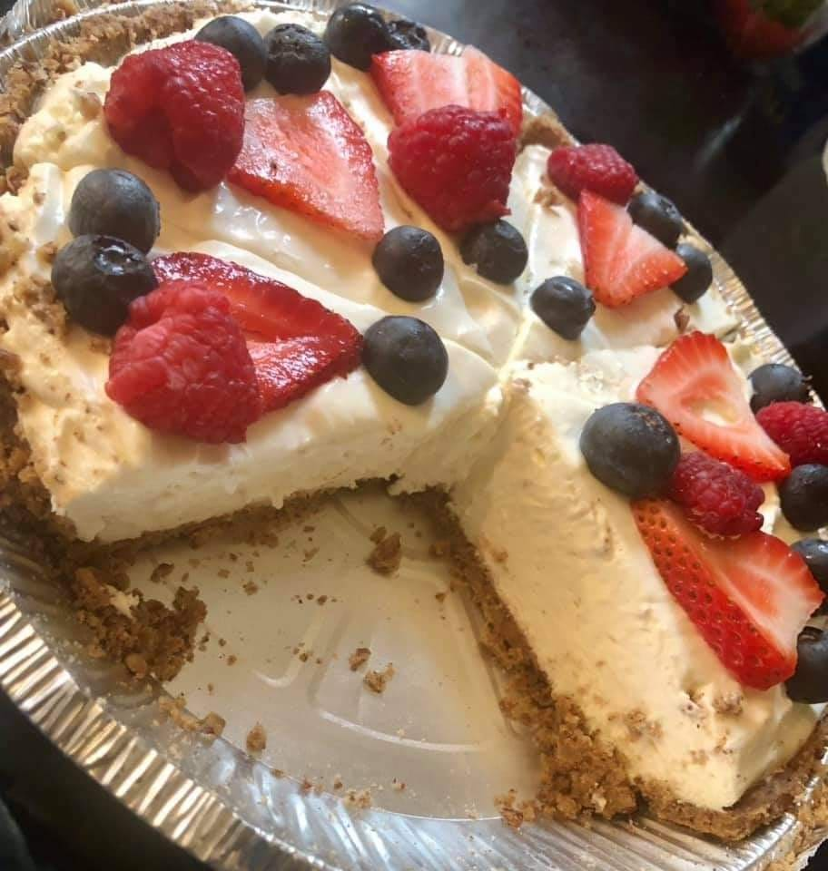 Keto Snicker Cheesecake
