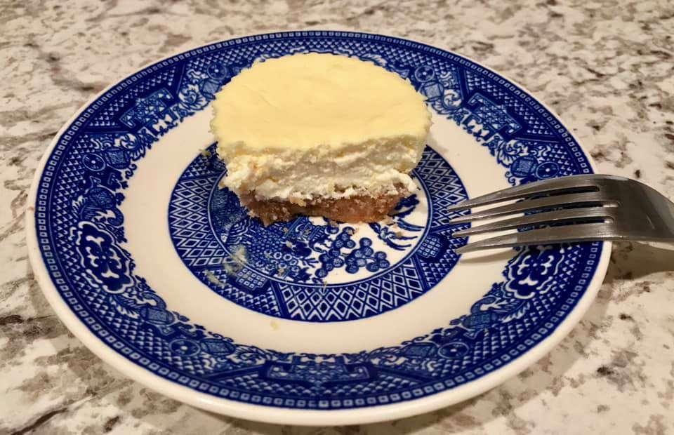 Keto Cheesecake Cupcakes